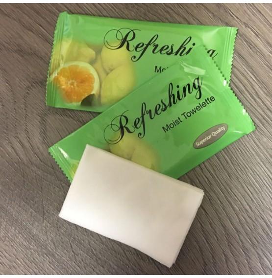 Deluxe Wet Towels in Lemon Fragrance